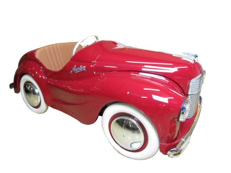 Impressive Austin J-40 restored pedal car.