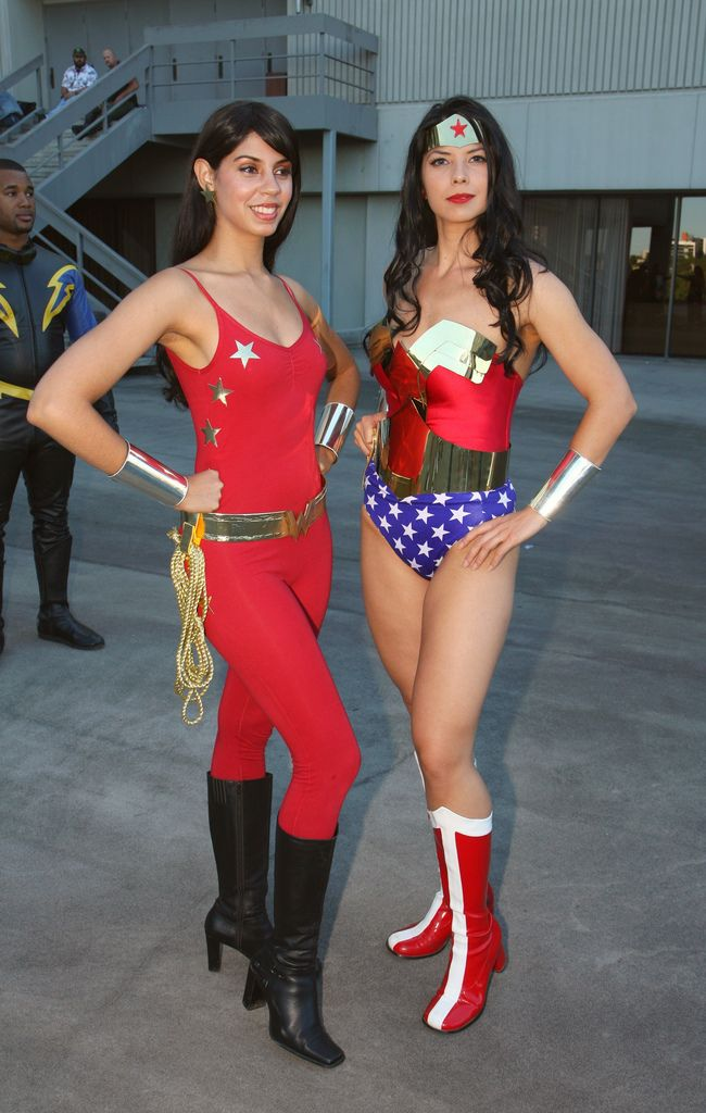 5261e738903e960cf82163d6b7ab396a--dc-cosplay-cosplay-girls.jpg