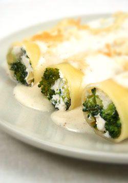 Canneloni brokułowo-szpinakowe z fetą