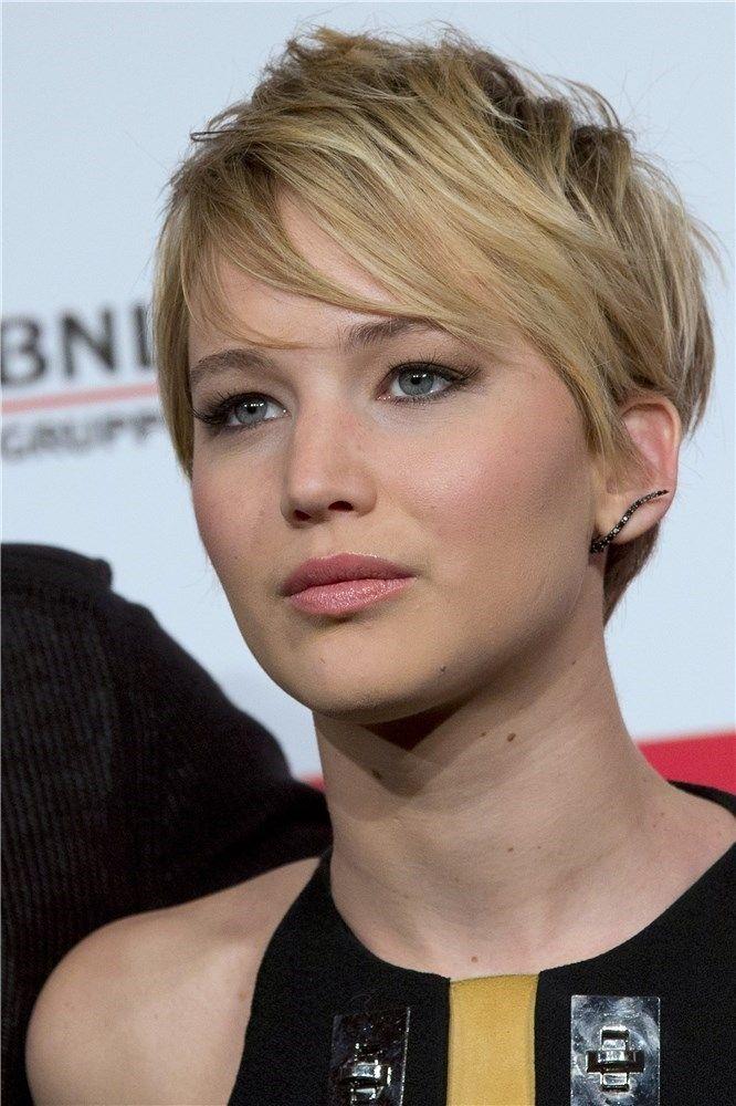 Jennfer Lawrence, con el pelo corto