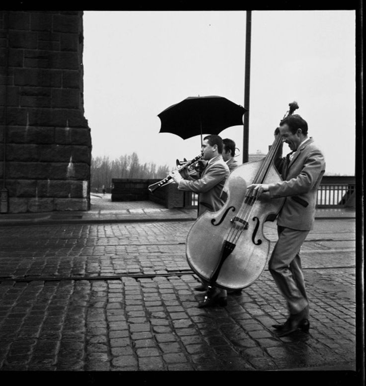 """Great exhibit on view now thru Sept 22 at the Zachęta National Gallery in Warsaw - """"Free Time"""": works by six celebrated Polish photographers, united by theme of leisure in the People's Republic of Poland.  (Pictured: Jazz nad Odrą, Wrocław, 1966, photo Tadeusz Rolke, courtresy of the artist)"""