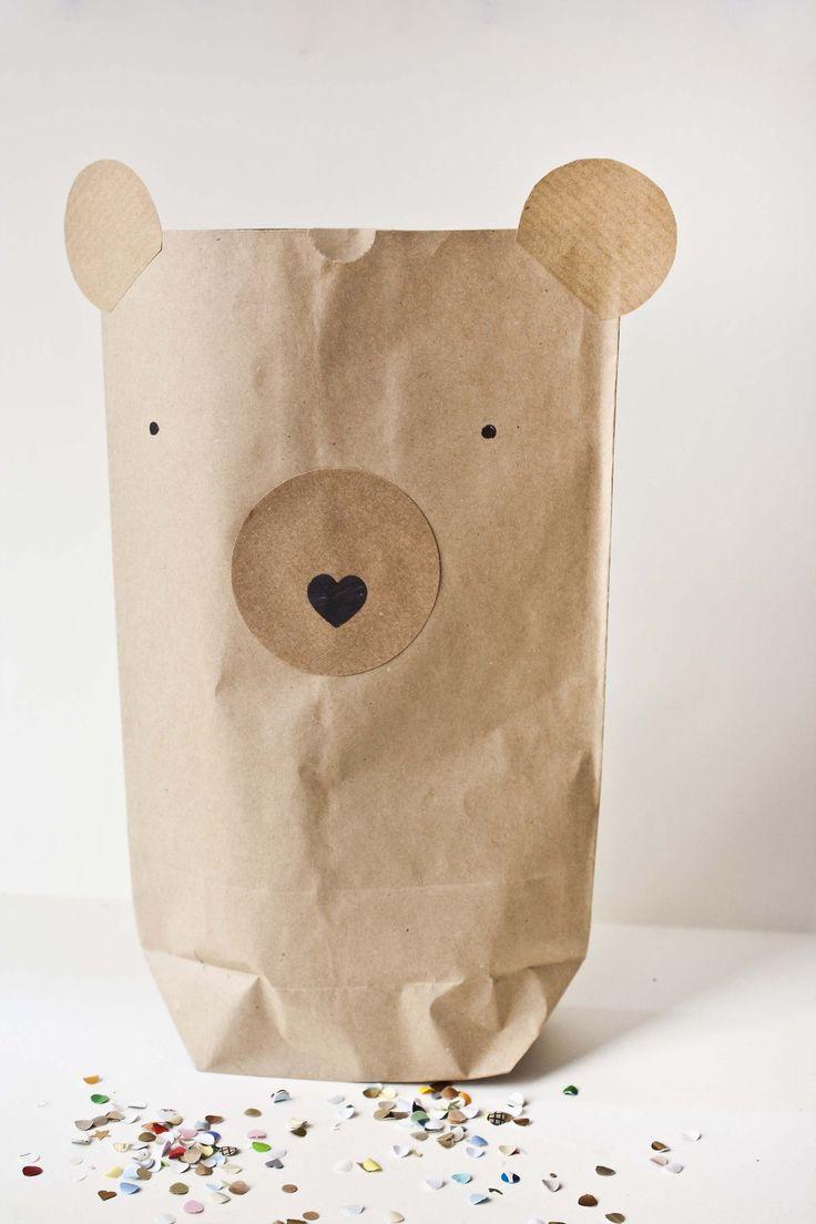 DIY Paper Gift Bag #diypaperbag #paperbagbear