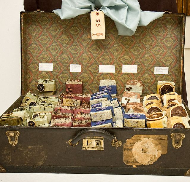 Best 25  Suitcase display ideas on Pinterest | Display ideas for ...