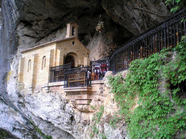 La Cueva, Covadonga