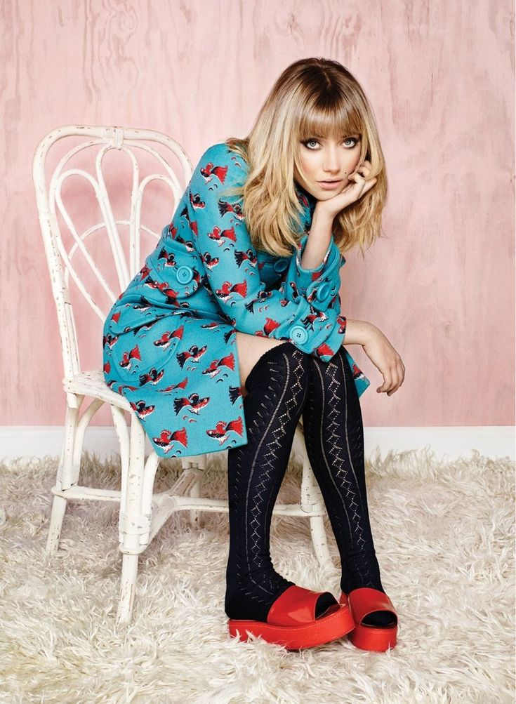 Sweet! imogen poots 2014 1 Imogen Poots Covers Flare, Calls Courtney Love Her Fashion Icon
