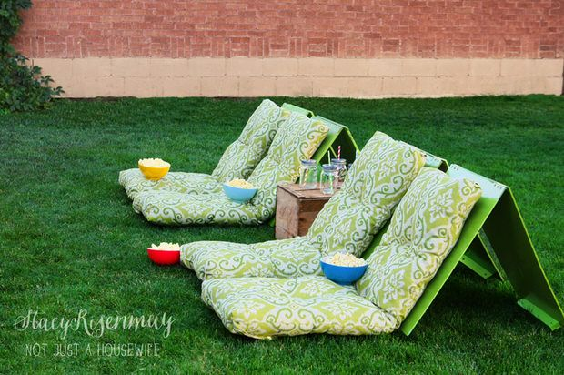 Love the idea of backyard movies? Us too! First, head on over to our post on how to build a backyard movie theater. When you are done there, be sure to check out this tutorial for backyard movie theater seats from Stacy at 'Not Just a Housewife'. These are so cool, whether you have your own backyard theater, or go to movies in the park. So much more comfy than a blanket on the grass! and funky backyard-4