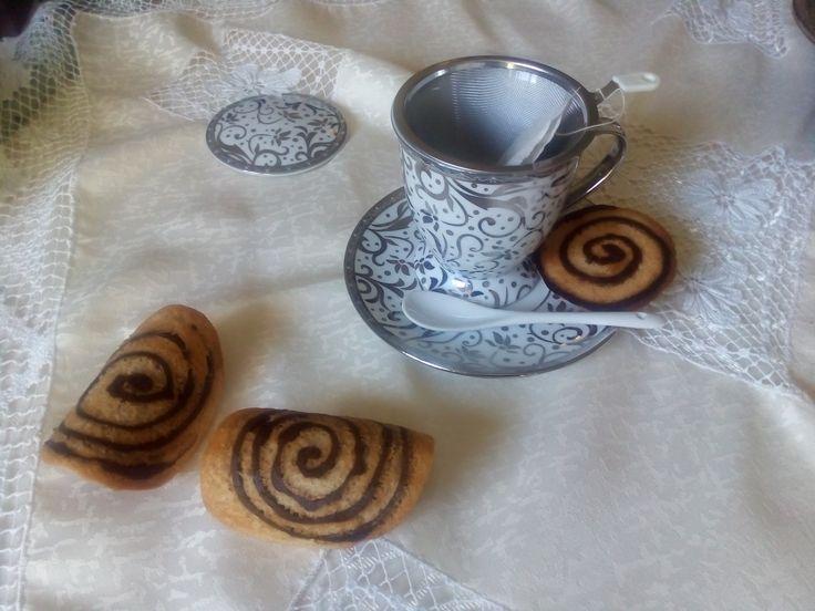 Cialdine con spirale al cioccolato