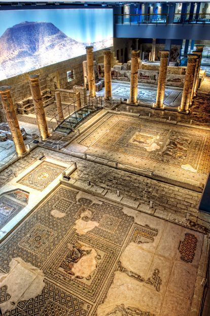 Mosaics of Zeugma are in Gaziantep Museum waiting to take you ancients away... #HomeOf #Zeugma