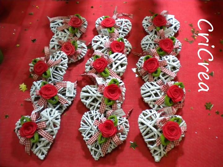 Cuori in viticcio con rose rosse!!! by CriCrea