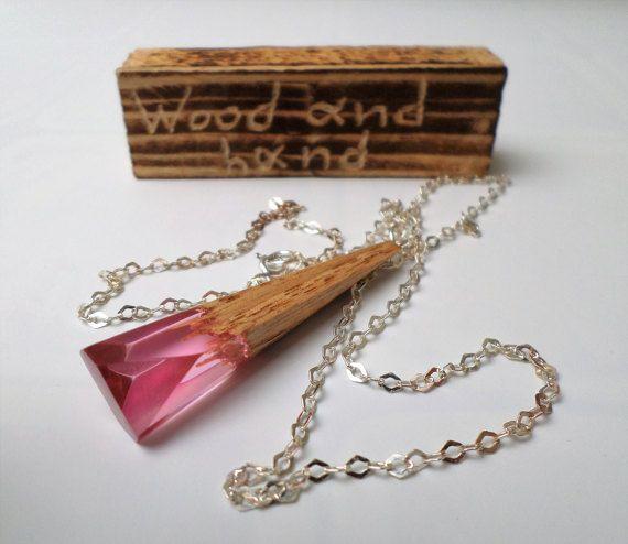Resina rosa collar-madera y resina-Sterling plata por WoodAndHand