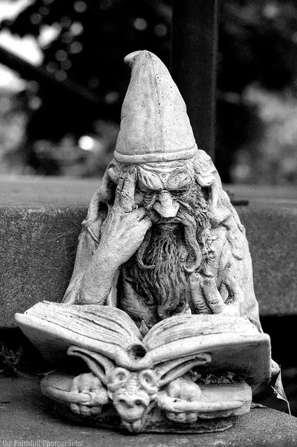 Wizard statue Book Monuments