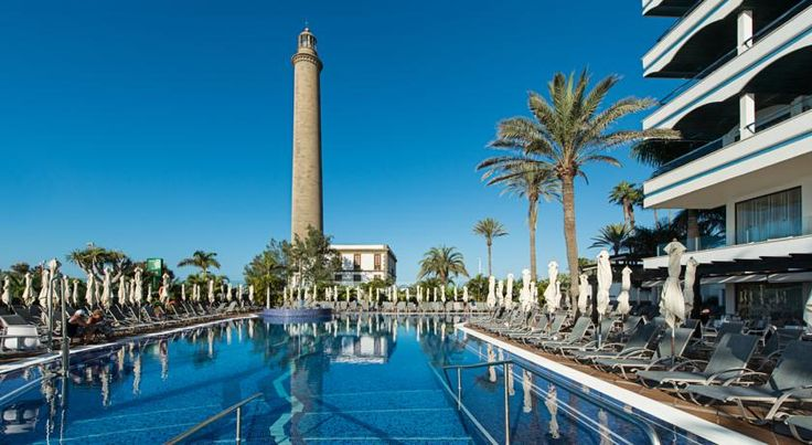IFA Faro Hotel Maspalomas Situated by the lighthouse that gives it its name, the hotel overlooks the sea and is just a few strides from the southern end of Maspalomas beach.