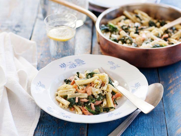 Pasta med spenat, mascarpone och rökt lax | Recept från Köket.se