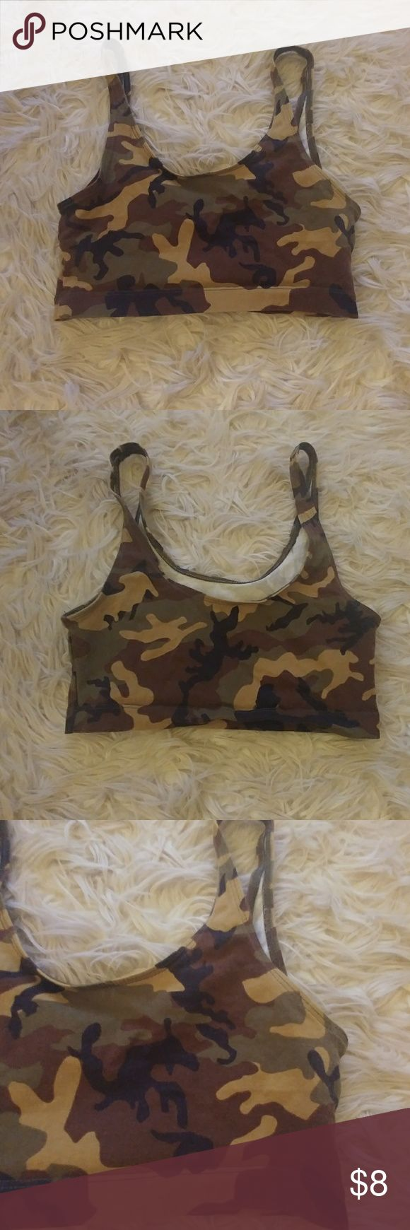 ⚫Kylie Jenner Camo Sport Bra Small ⚫ Trendy camo sports bra from Kylie Jenner's line. No Kylie brand on the bra which I'm surprised but it came from her line. Size small. Thin material. Kylie Jenner Intimates & Sleepwear Bras