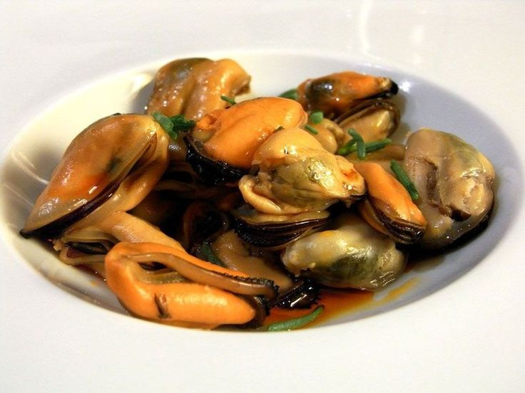 Spanish Style Marinated Mussels (Mejillones en Escabeche) Recipe
