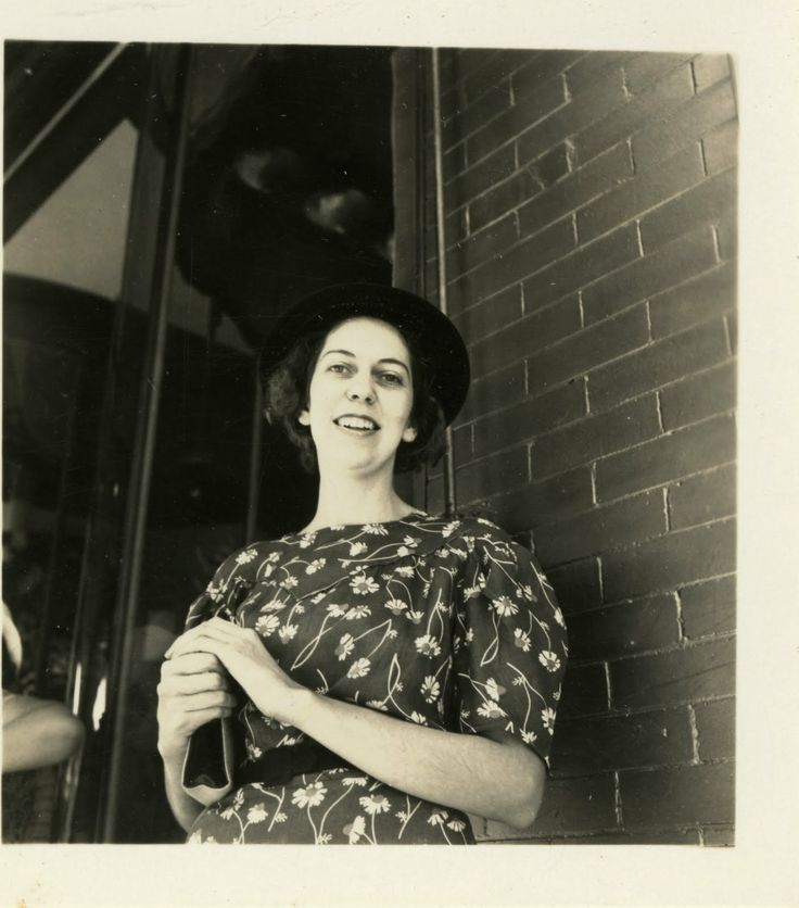 eudora welty essay Theme analysis essay over a worn path by eudora welty purpose: to critically examine and analyze the overarching themes of a story according to perrine, the function of literary writers is.