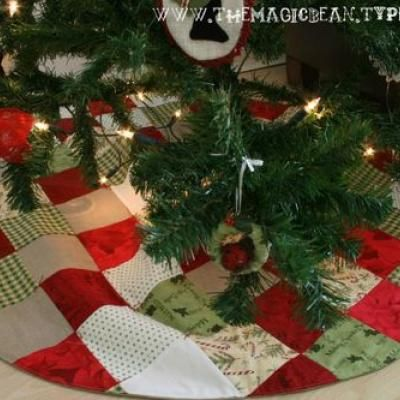 Patchwork Christmas Tree Skirt Tutorial [Christmas Sewing Craft}