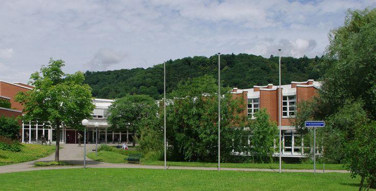 """Staatliche Hochschule für Musik Freiburg im Breisgau """"Musikhochschule Freiburg 1"""" von user:Joergens.mi - Eigenes Werk. Lizenziert unter CC BY-SA 3.0 über Wikimedia Commons."""