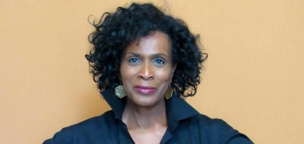 """Janet Hubert, who played the original Aunt Viv on """"Fresh Prince of Bel-Air,"""" called out Alfonso Ribeiro after he reunited with Will Smith…"""