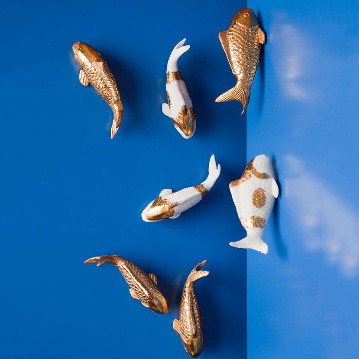 Wall koi fish 10pc gold koi fish and gold for Koi fish ornament