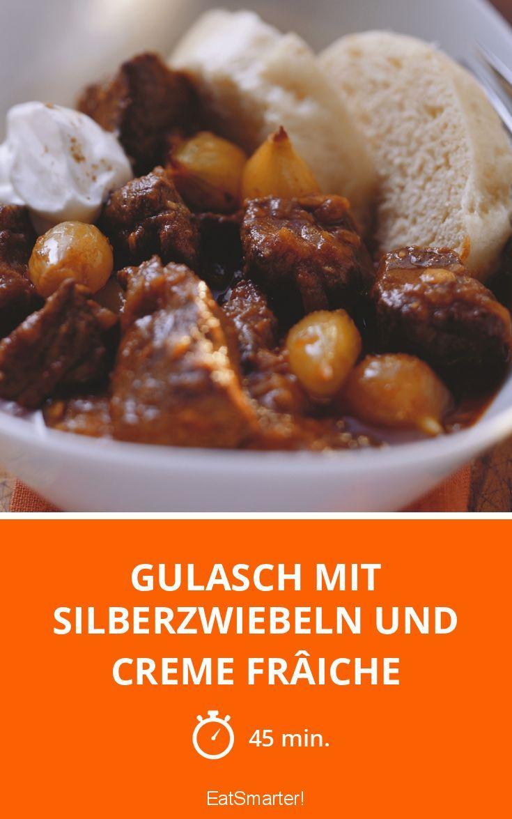 Gulasch mit Silberzwiebeln und Creme frâiche - smarter - Zeit: 45 Min. | eatsmarter.de