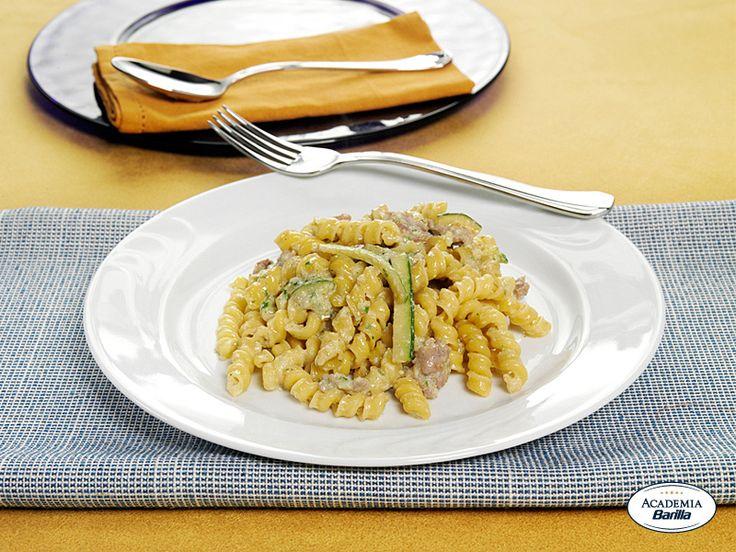 Torchietti Tandori con salsiccia in crema di zucchine