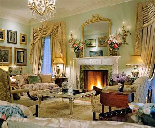 Traditional Living Room By Michael J Siller And Ike Kligerman Barkley In Houston Texas