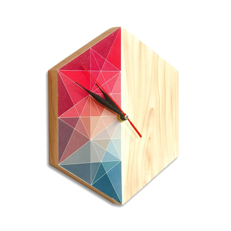 1000 id es sur le th me horloge en bois sur pinterest for Decoration murale hexagonale