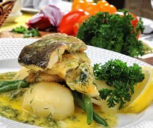 Balık ve bazı baharatlar omega 3 için iyi kaynaklardır Pişmiş brokoli (100 gramında 258 mg) Hamsi balığı (100 gramında 1478 mg) Kurutulmuş tarhun otu (100 gramında 2955 mg) Kurutulmuş nane (100 gramında 2792 mg) Ton balığı (100 gramında 1298 mg) Soya yağı (100 gramında 6789 mg) - See more at: http://iyigelenyiyecekler.com/omega-3-nelerde-var/#sthash.WGqpcPXO.dpuf
