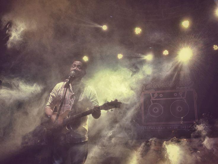 Indonesian singer, Andre Hehanusa