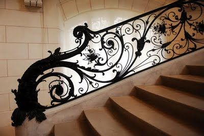 Grand iron work staircase examples on willowbrookpark.blogspot.com