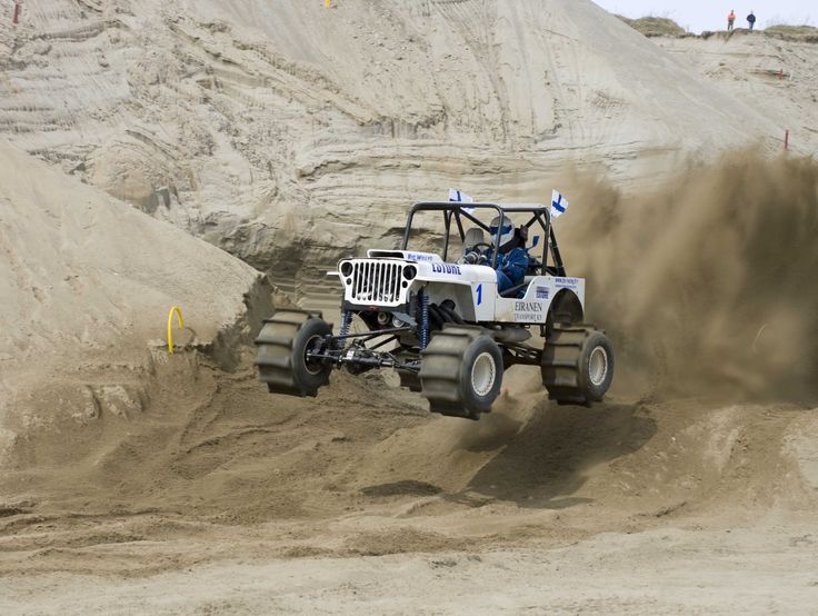 Jeep with sand paddles
