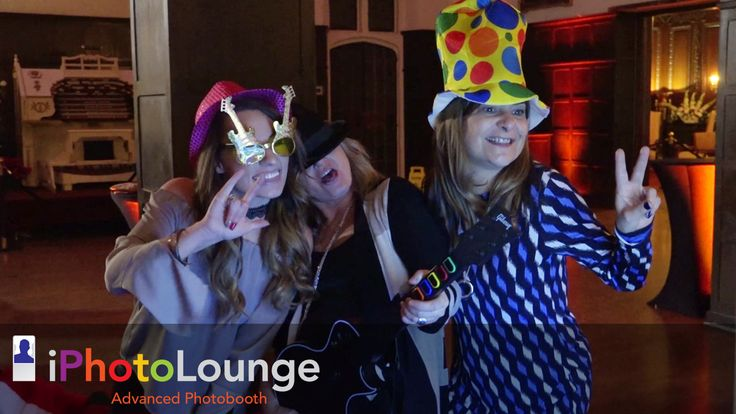 We love putting smiles on people's faces! #eventstyling, #eventstoronto, #capturingmoments, #classyphotobooth, #torontophoto, #nightlife, #torontonightlife, #nightfuntoronto, #nightfunintoronto, #nightlifetoronto, #amazingnight,#iphotoloungetoronto, #torontoeventsphotography, #torontophotographer, #torontoweddingphotographer, #photographytoronto, #weddingtimephotography, #weddingshoot, #weddingdiaries, #iphotoloungeweddingshoot, #weddingmoments, #weddingfunphotography, #corporateeventtoronto