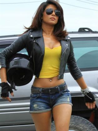 Priyanka Chopra, what all FBI Agents look like. Stars in Quantico.