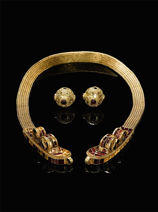 The unique golden necklace of Huns. Garnet inlays simulate the dragon heads. 1500 years old. Sotheby's.