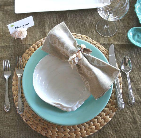 Table decor for your coastal dinner