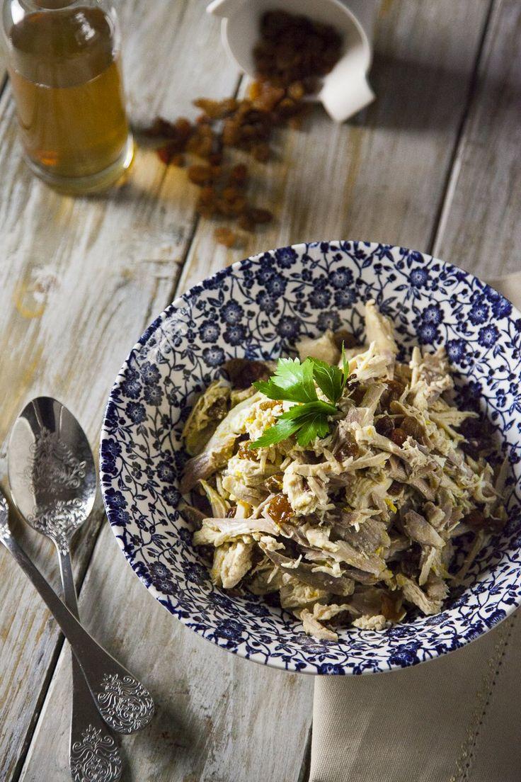 L'insalata alla gonzaghesca o mantovana è una ricetta tipica lombarda ed è la soluzione perfetta per riciclare la carne bianca: assaggiala!
