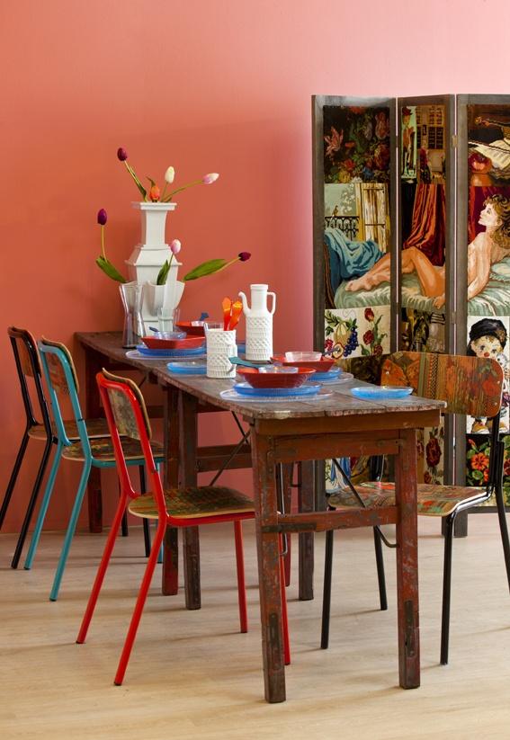 Deze tafel hebben we gedekt om trends aan te geven voor de smulweb keukenagenda 2013 nieuwe - Kleur trendy restaurant ...