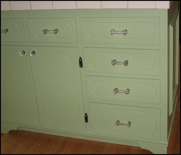 Kitchen Cabinets Look Like Furniture: Use Shelf Brackets ($2.00ea.) Turned Upside Down To Give