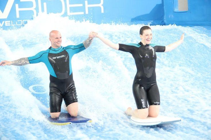 Indoor Surfing UK   Go Flowboarding At Twinwoods Adventure
