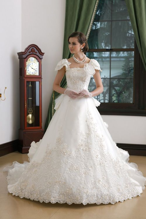 17 best images about southern belle dresses on pinterest for Belle style wedding dress