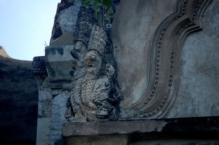 Wat Ratchaburana | Naga corner, Wat Ratchaburana, Ayutthaya, Thailand