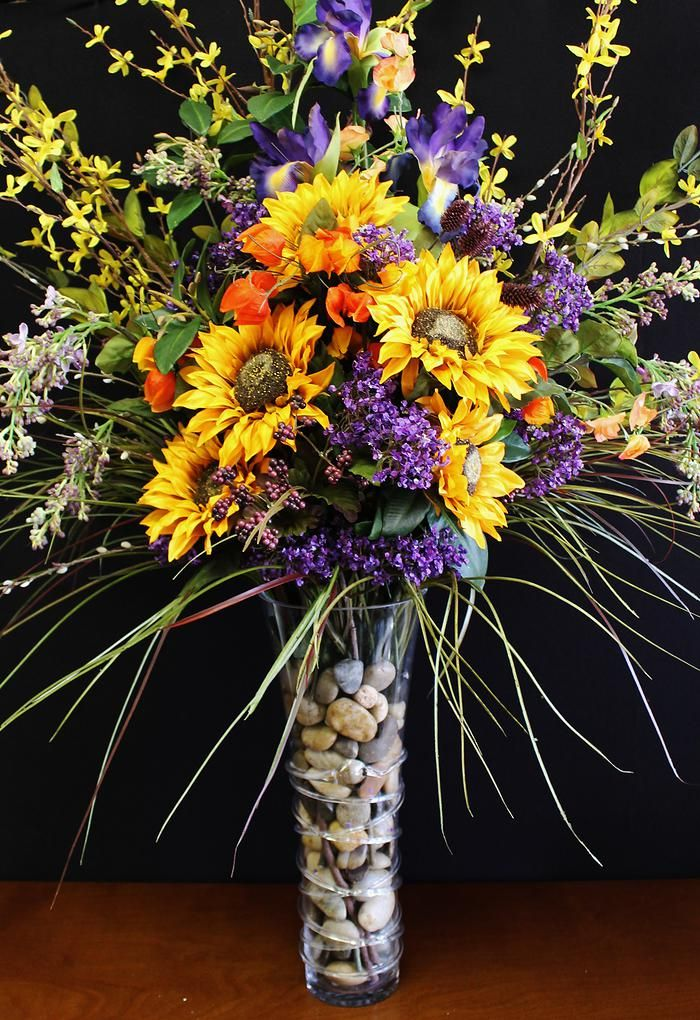 The 25+ best Alter flowers ideas on Pinterest | Church flowers ...