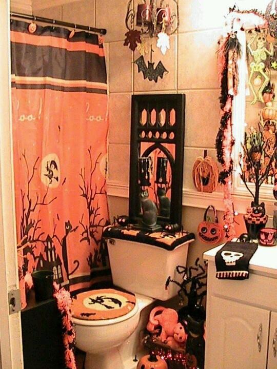 17 Best ideas about Halloween Bathroom on Pinterest   Halloween ...