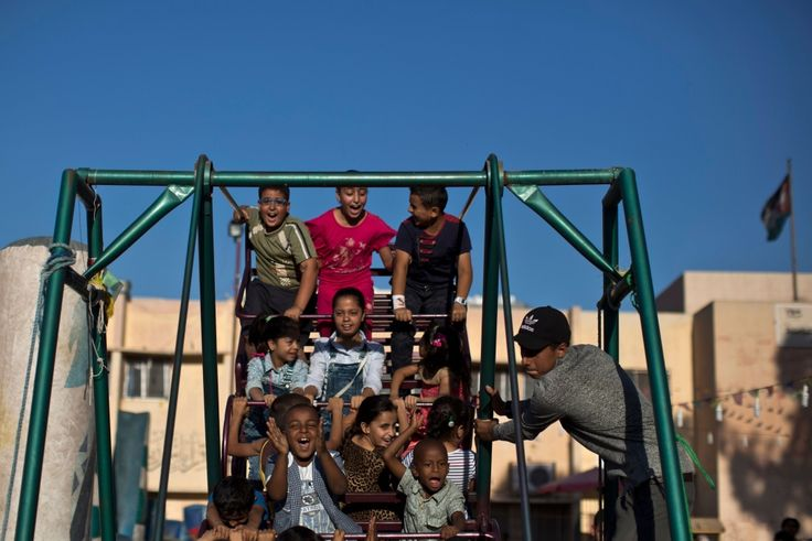 Daily life for Syrian refugees in Jordan | CTV News