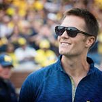 "353 Likes, 3 Comments - Tom Brady Fanpage 🏆🏆🏆🏆🏆 (@allabouttombrady) on Instagram: ""This guy. 😍 #Tombrady #tb12 #patriots #michigan"""