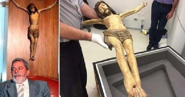 PF encontrou Crucifixo esculpido por Aleijadinho, que sumiu do Planalto, no cofre de Lula http://www.portalweb7.com/2016/07/pf-encontrou-crucifixo-esculpido-por.html?utm_source=rss&utm_medium=push_notification&utm_campaign=rss_pushcrew