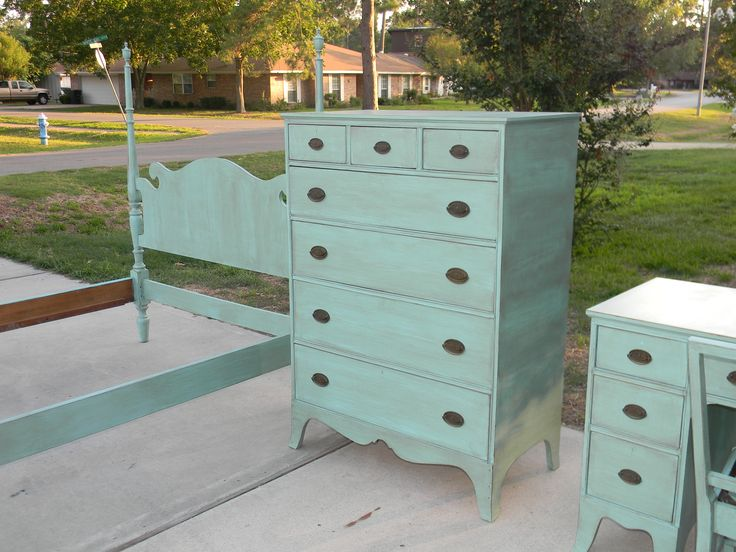 Aqua painted furniture - Really want to do this!