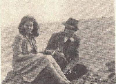ofisofi: Ο Νίκος Γκάτσος με το μολύβι της Άλκης Ζέη