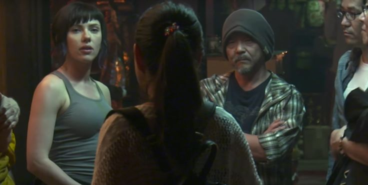 Mamoru Oshii, director of the Ghost in the Shell anime, visited the live action set   Live for Films